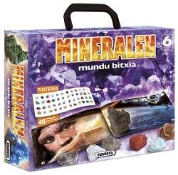 Mineralen mundu bitxia